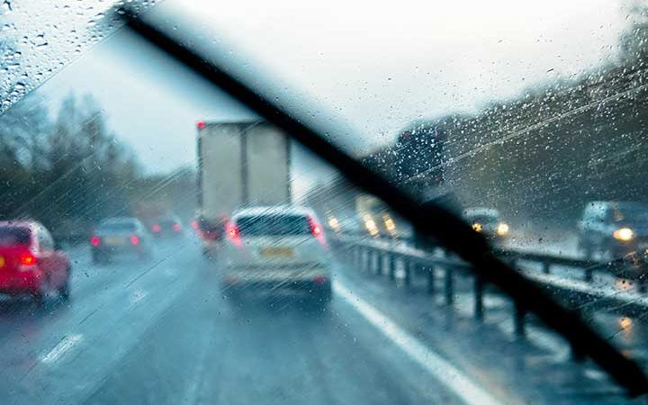 Keep Yourself Safe During the Rainy Season by Checking These 4 Things Before Driving