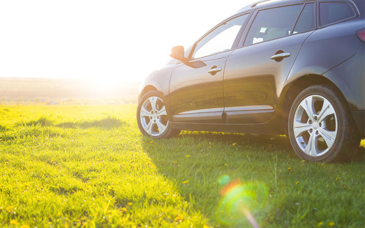 Springtime Sunshine Can Lead to Auto Body Damage – Here's How to Avoid It